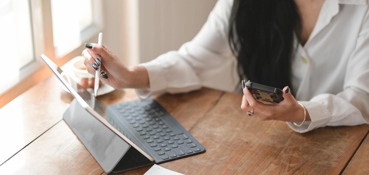 Woman with tablet UX